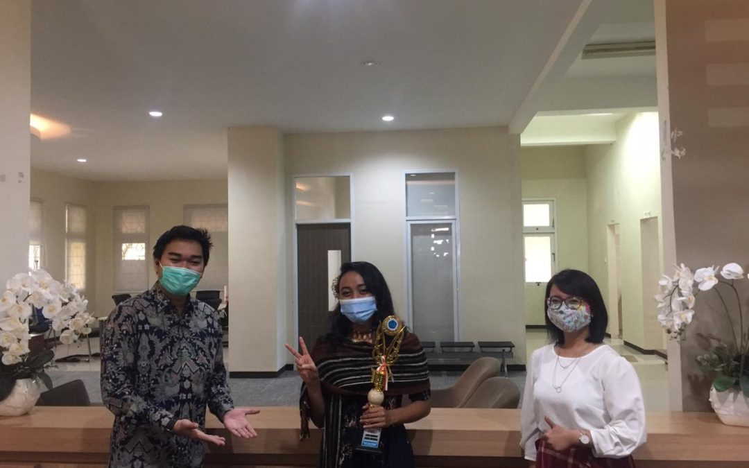 Foreign Students of UNDIP won 1st place in LBBI 2020 in Surakarta