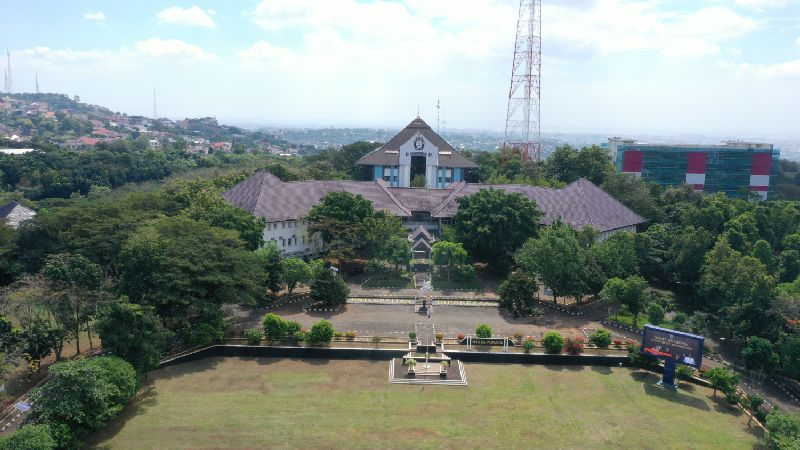 Diponegoro University Opens Undip Scholarship Registration for Period 4 of 2021 for Lecturers and Educational Staffs