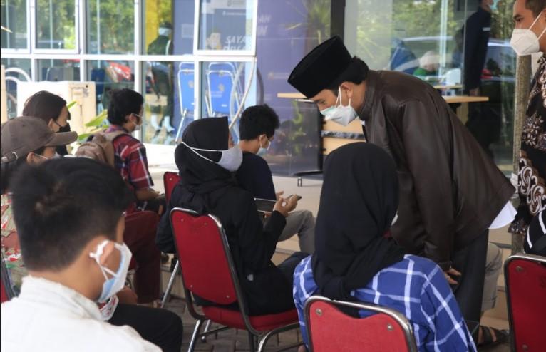 Rektor UNDIP dan Ketua MWA Tinjau Layanan Vaksinasi Covid-19 untuk Civitas dan Masyarakat Umum