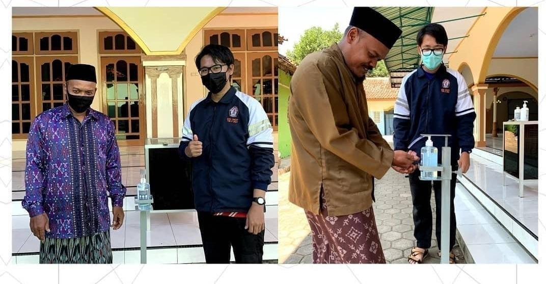 Mahasiswa KKN Undip Desa Sidorejo, Kec. Warungasem, Kab. Batang Rancang Alat Touchless Hand Sanitizer