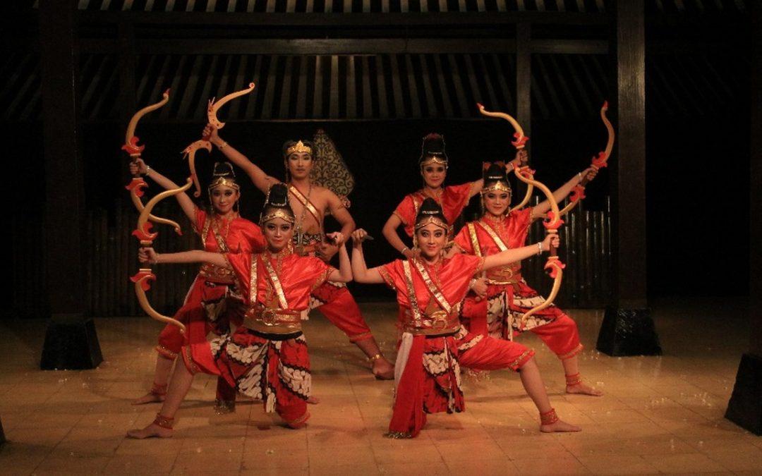 UKM Kesenian Jawa UNDIP Sabet 3 Kategori Juara Sekaligus Pada Festival Cipta Tari UNS