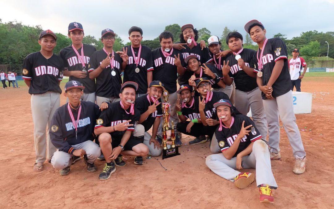 Akbar Adi Wijaya (Ketua UKM Softball – Baseball UNDIP): UKM Softball – Baseball Banyak Menjuari Turnamen Nasional