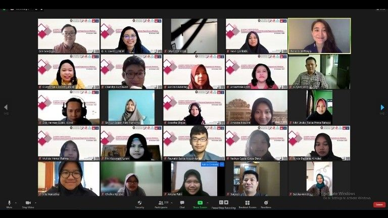 Webinar Academic Career Strategies Fakultas Psikologi UNDIP: Karir Seseorang Dipengaruhi Lingkungan